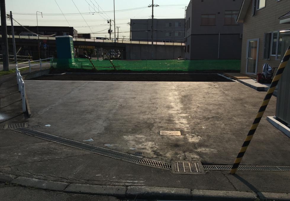 札幌市厚別区の舗装・畑・雑草対策工事完成写真