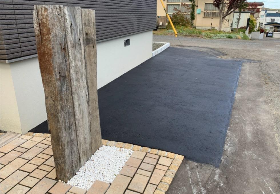完成写真(札幌市西区の住宅側面アスファルト舗装工事)