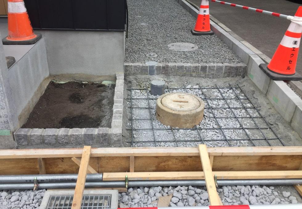 石狩市花川にて土間コンクリートの施工の様子(鉄筋くみ上げ)その2