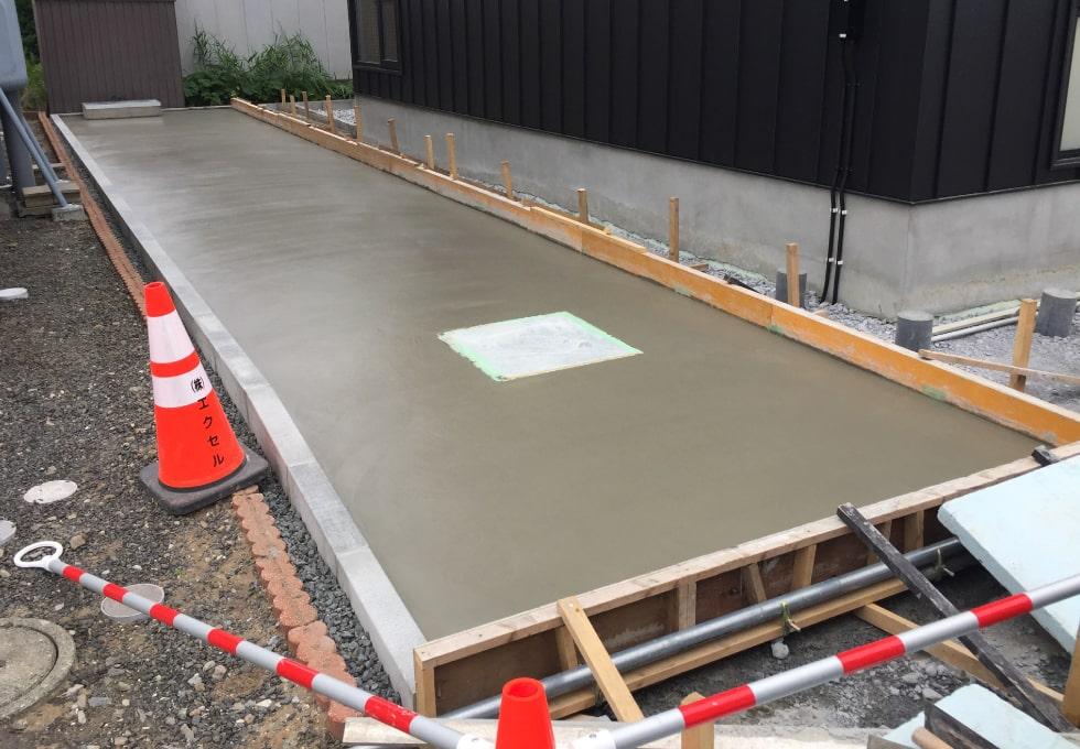 石狩市花川にて土間コンクリートの施工の様子(仕上がり)